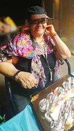 Velia  Castro (Castro)